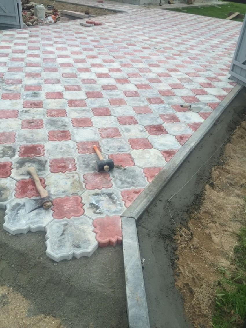 брусчатку на бетонную стяжку